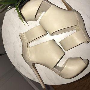 Off white Aldo heels